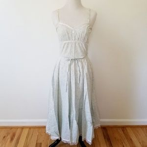 Dresses & Skirts - VINTAGE! Sweetheart Neckline Midi Dress W/ POCKETS